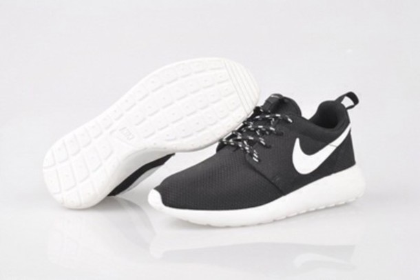 nike roshe run women